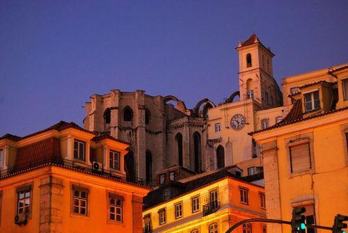 Lisboa_rossio square_carmo convent ruins_Copyright Aires dos Santos (AiresSantos)